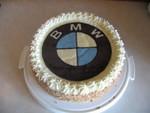 Torte mit BMW Emblem aus Schokolade